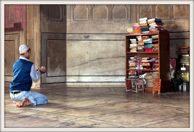 Prayer inside Jama Masjid