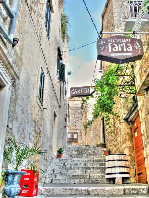 alleys of croatia (3)