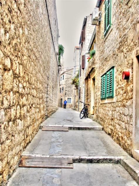 alleys of croatia (5)