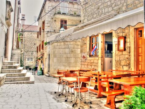 alleys of croatia (7)