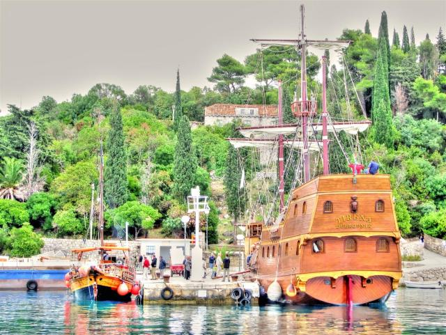 boats of croatia  (6)