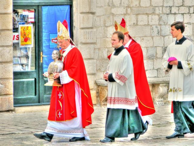 ceromonies & processions in croatia (6)