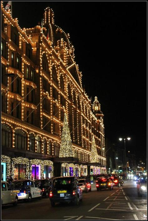 outside harrods (1) (Large)
