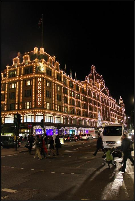 outside harrods (2) (Large)