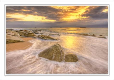 Splash rock Umhlanga (1) (Large)