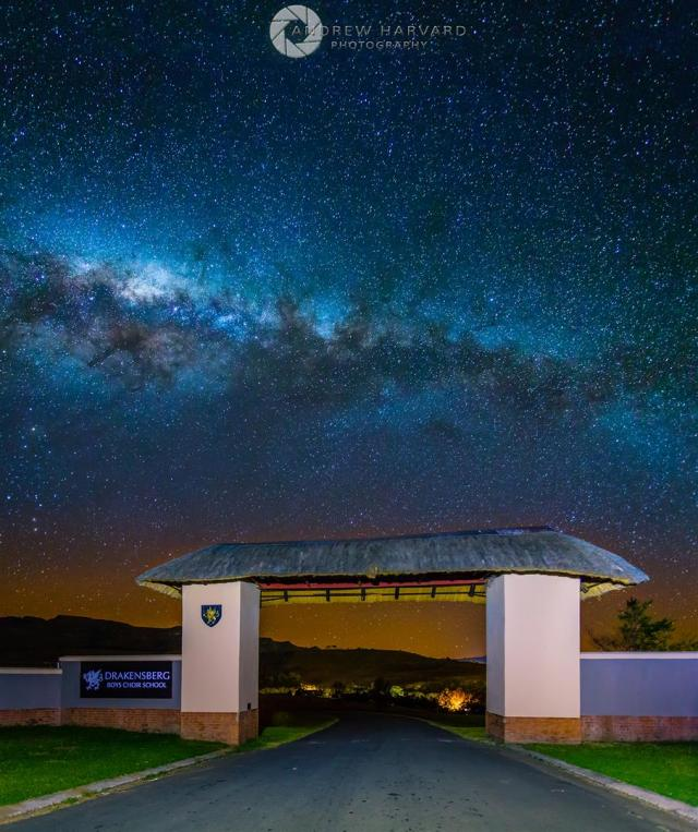 Drakensberg Boy's Choir School (Large)
